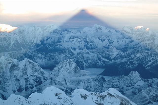 В сянката на Еверест